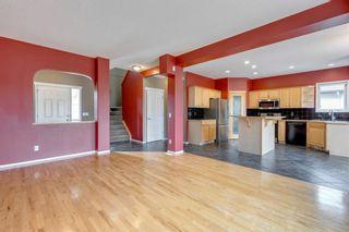 Photo 7: 636 Douglas Glen Boulevard SE in Calgary: Douglasdale/Glen Detached for sale : MLS®# A1139792