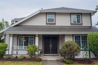 Photo 3: 9422 202A Street in Langley: Walnut Grove House for sale : MLS®# R2099681