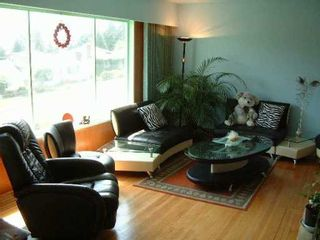 Photo 2: 6449 PORTLAND ST in Burnaby: South Slope House for sale (Burnaby South)  : MLS®# V590849