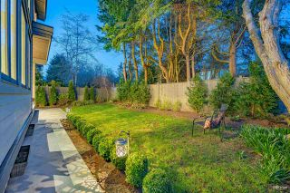 """Photo 7: 1560 BREARLEY Street: White Rock House for sale in """"WHITE ROCK"""" (South Surrey White Rock)  : MLS®# R2570508"""