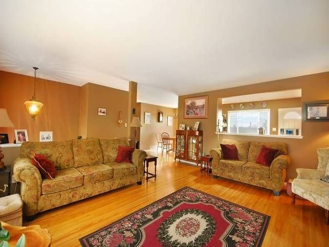 Photo 5: Photos: 6570 LOCHDALE Street in Burnaby: Parkcrest House for sale (Burnaby North)  : MLS®# R2002932