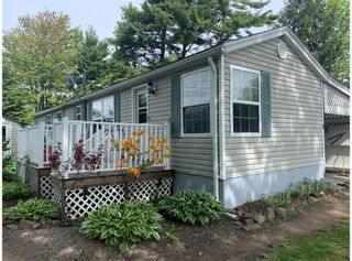 Photo 1: 8 Elm Square in New Minas: 404-Kings County Residential for sale (Annapolis Valley)  : MLS®# 202114031