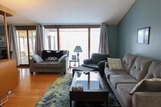 Photo 3: 70 Sandra Bay in Winnipeg: East Fort Garry Residential for sale (1J)  : MLS®# 202101829