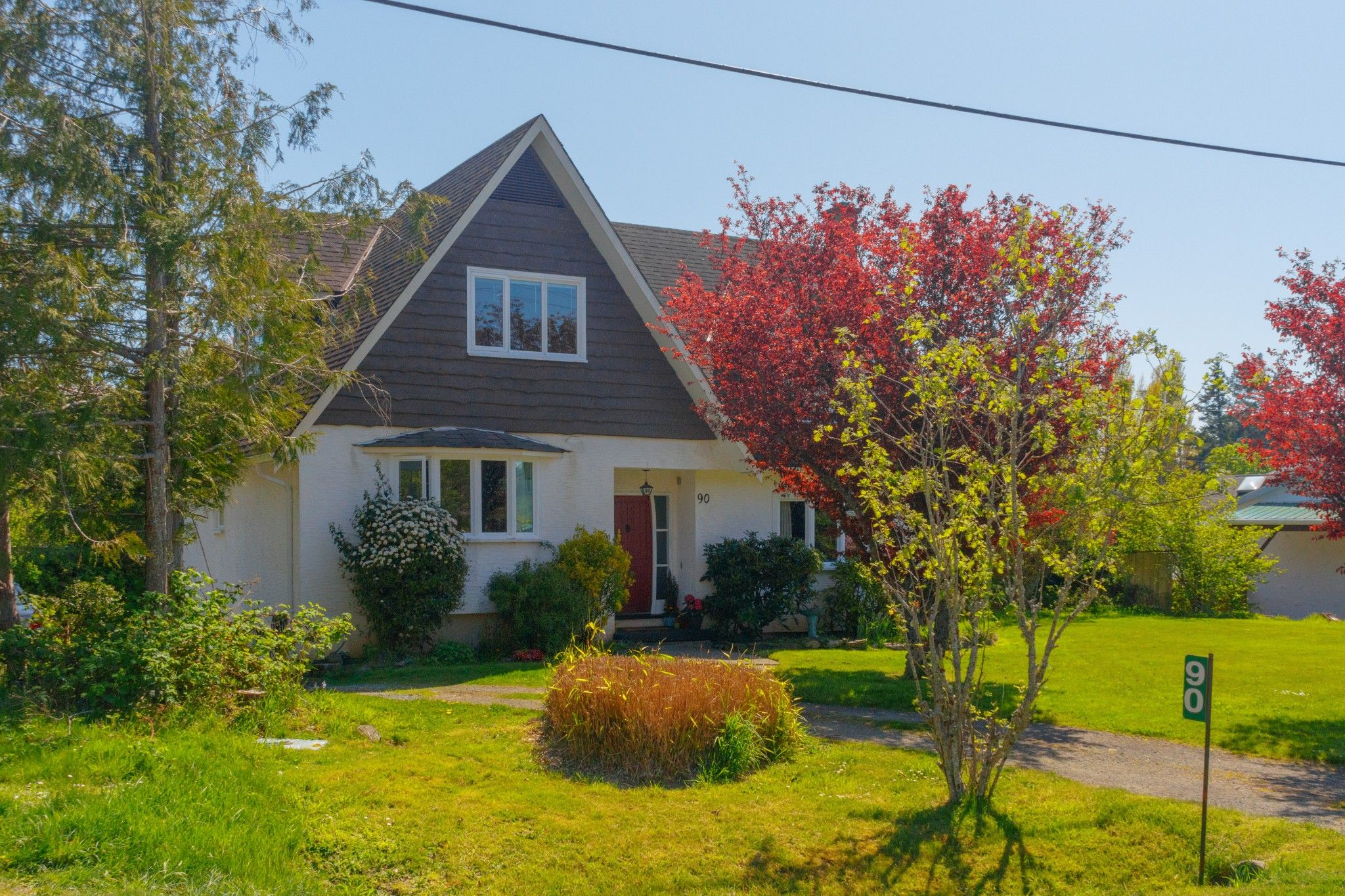 Main Photo: 90 Bradene Road in Victoria: House for sale (Metchosin)
