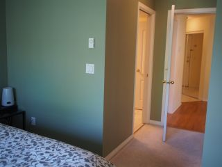 """Photo 14: 302 130 W 22ND Street in North Vancouver: Central Lonsdale Condo for sale in """"The Emerald"""" : MLS®# R2078620"""