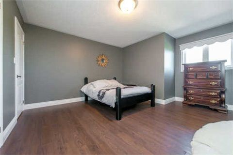 Photo 8: Photos: 53 N Lady May Drive in Whitby: Rolling Acres House (Bungaloft) for sale : MLS®# E3206710
