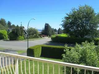 Photo 2: 15887 BUENA VISTA Ave in South Surrey White Rock: Home for sale : MLS®# F1313219