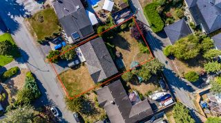 "Photo 6: 13861 MALABAR Avenue: White Rock House for sale in ""White Rock"" (South Surrey White Rock)  : MLS®# R2514273"