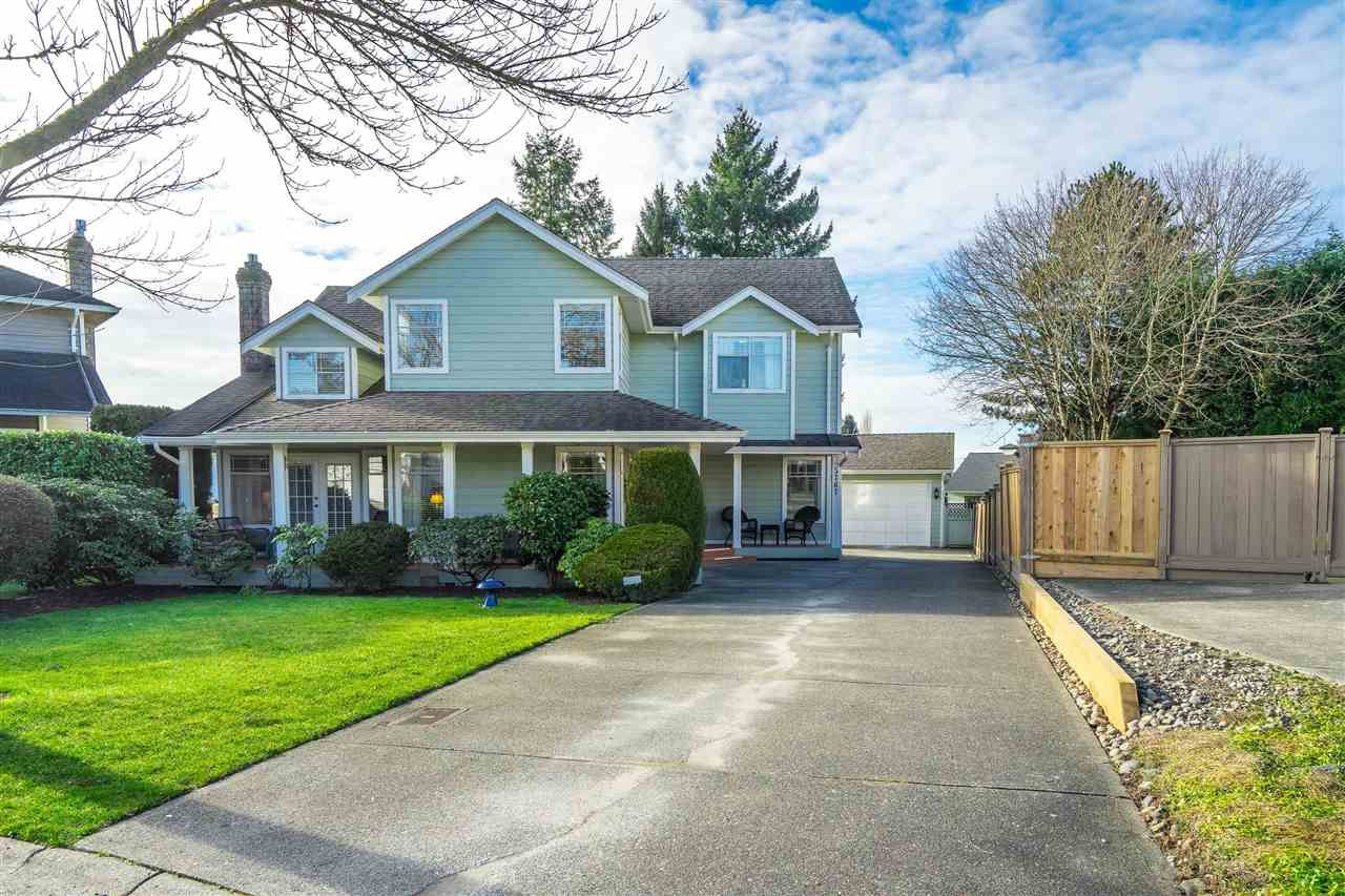 Main Photo: 5767 185 Street in Surrey: Cloverdale BC House for sale (Cloverdale)  : MLS®# R2531406