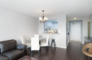 """Photo 4: 2201 950 CAMBIE Street in Vancouver: Yaletown Condo for sale in """"Pacific Place Landmark 1"""" (Vancouver West)  : MLS®# R2617691"""