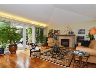 Photo 2: 4050 W 36TH Avenue in Vancouver: Dunbar House for sale (Vancouver West)  : MLS®# V1109327