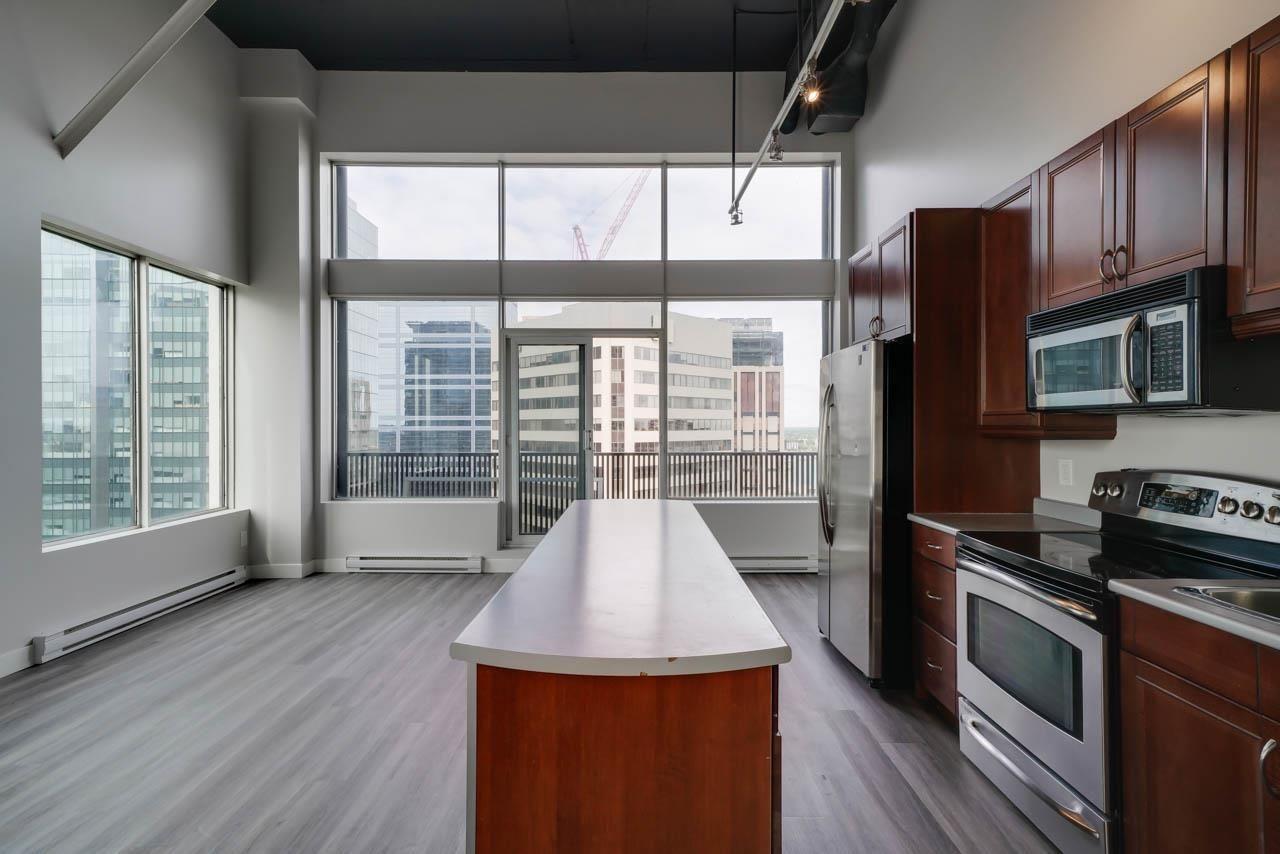Main Photo: 1804 10024 JASPER Avenue in Edmonton: Zone 12 Condo for sale : MLS®# E4247051
