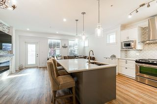 Photo 7: 21142 80A Avenue in Langley: Willoughby Heights Condo for sale : MLS®# R2314133