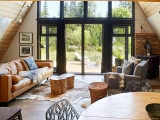 Photo 2: 4753 Kilmarnock Dr in COURTENAY: CV Courtenay South House for sale (Comox Valley)  : MLS®# 799262