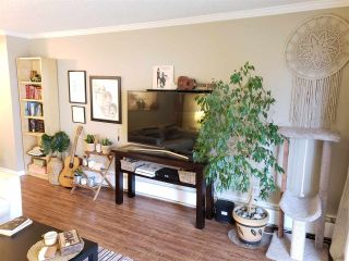"""Photo 7: 301 327 NINTH Street in New Westminster: Uptown NW Condo for sale in """"Kennedy Manor"""" : MLS®# R2334560"""