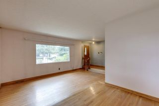Photo 11: 2935 Burgess Drive NW in Calgary: Brentwood Detached for sale : MLS®# A1132281