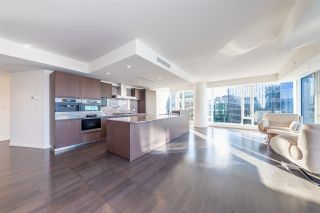 "Photo 6: 2907 1011 W CORDOVA Street in Vancouver: Coal Harbour Condo for sale in ""FAIRMONT PACIFIC RIM"" (Vancouver West)  : MLS®# R2524898"