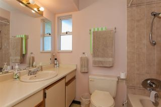 Photo 7: 2210 MADRONA Place in Surrey: King George Corridor House for sale (South Surrey White Rock)  : MLS®# R2221007