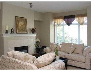 """Photo 2: 878 W 58TH AV in Vancouver: South Cambie Townhouse for sale in """"CHURCHILL GARDENS"""" (Vancouver West)  : MLS®# V542610"""