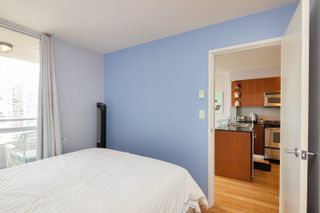 """Photo 11: 1108 822 SEYMOUR Street in Vancouver: Downtown VW Condo for sale in """"L'ARIA"""" (Vancouver West)  : MLS®# R2393856"""