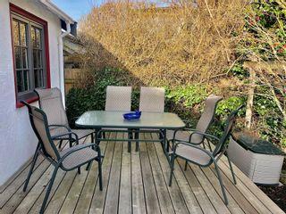 Photo 16: 2024 Newton St in : OB Henderson House for sale (Oak Bay)  : MLS®# 870494