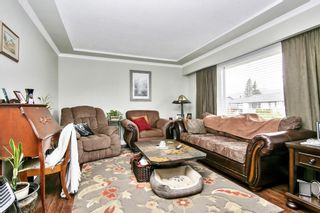 Photo 3: 46626 FRASER Avenue in Chilliwack: Chilliwack E Young-Yale House for sale : MLS®# R2588013