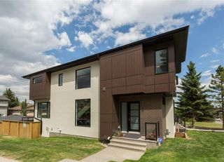 Photo 2: 2880 19 Street SW in Calgary: South Calgary House for sale : MLS®# C4121989