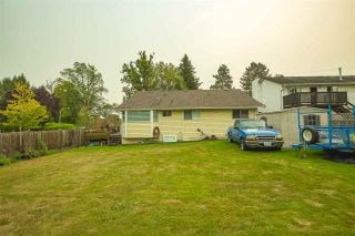 Photo 23: 17387 60 Avenue in Surrey: Cloverdale BC House for sale (Cloverdale)  : MLS®# R2500278