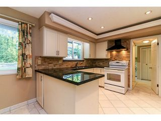 """Photo 6: 743 KINGFISHER Place in Tsawwassen: Tsawwassen East House for sale in """"FOREST BY THE BAY"""" : MLS®# V1094511"""