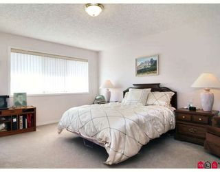 """Photo 6: 146 4001 OLD CLAYBURN Road in Abbotsford: Abbotsford East Townhouse for sale in """"CEDAR SPRINGS"""" : MLS®# F2827073"""