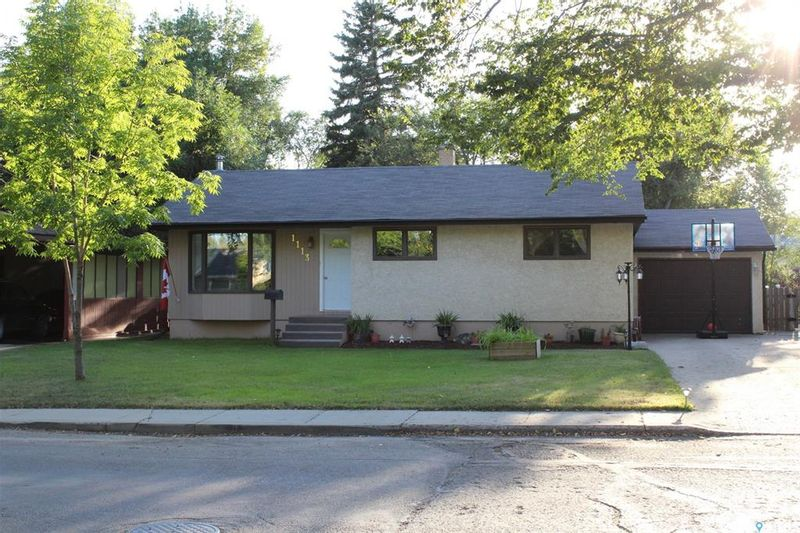 FEATURED LISTING: 1113 Hudson Road Estevan