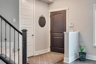 Photo 15: 2012 20 Avenue NW in Calgary: Banff Trail Detached for sale : MLS®# A1061781