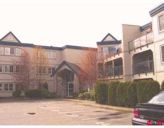 """Photo 1: 203 45504 MCINTOSH DR in Chilliwack: Chilliwack  W Young-Well Condo for sale in """"VISTA VIEW"""" : MLS®# H2601641"""