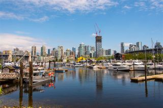 """Photo 25: 601 1450 PENNYFARTHING Drive in Vancouver: False Creek Condo for sale in """"HARBOURSIDE COVE"""" (Vancouver West)  : MLS®# R2549398"""