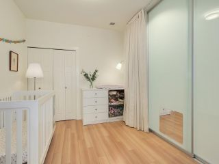 """Photo 15: 209 2250 COMMERCIAL Drive in Vancouver: Grandview VE Condo for sale in """"THE MARQUEE"""" (Vancouver East)  : MLS®# R2253784"""