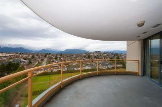"""Photo 15: 1308 4425 HALIFAX Street in Burnaby: Brentwood Park Condo for sale in """"POLARIS"""" (Burnaby North)  : MLS®# R2426682"""