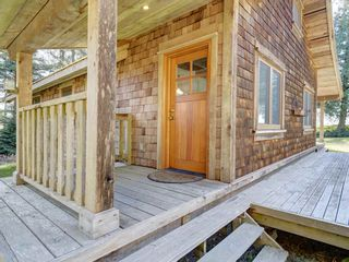 Photo 20: 135 HAIRY ELBOW Road in Seymour: Halfmn Bay Secret Cv Redroofs House for sale (Sunshine Coast)  : MLS®# R2556718