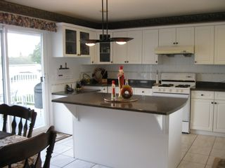 Photo 11: 11238 DUMBARTON Place in SURREY: Bolivar Heights Home for sale ()