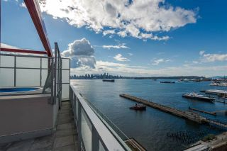 """Photo 4: 1105 199 VICTORY SHIP Way in North Vancouver: Lower Lonsdale Condo for sale in """"TROPHY AT THE PIER"""" : MLS®# R2325981"""