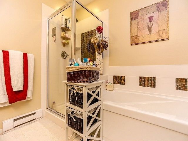"""Photo 14: Photos: 105 100 KLAHANIE Drive in Port Moody: Port Moody Centre Townhouse for sale in """"INDIGO"""" : MLS®# V1032337"""