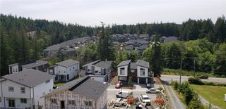 Photo 3: 1063 Golden Spire Cres in Langford: La Olympic View House for sale : MLS®# 836102