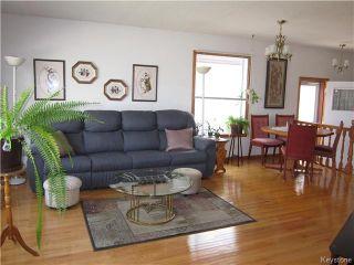 Photo 2: 968 Beecher Avenue in Winnipeg: Residential for sale (4F)  : MLS®# 1712001