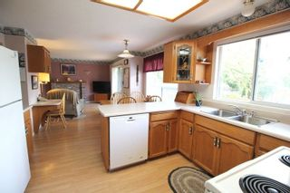 """Photo 5: 4527 222A Street in Langley: Murrayville House for sale in """"Murrayville"""" : MLS®# R2268496"""