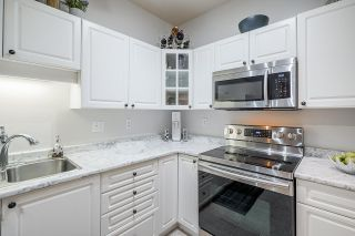 """Photo 13: 115 5677 208 Street in Langley: Langley City Condo for sale in """"Ivy Lea"""" : MLS®# R2591041"""