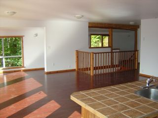 Photo 6: 3018 Vickers Trail in Anglemont: House for sale : MLS®# 9226329