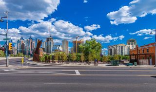 Main Photo: 200 2111 Kensington Road NW in Calgary: West Hillhurst Apartment for sale : MLS®# A1084874
