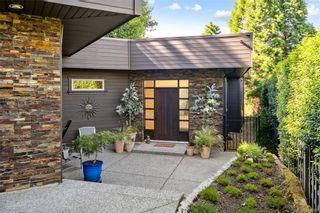 Photo 2: 900 Walking Stick Lane in Saanich: SE Cordova Bay House for sale (Saanich East)  : MLS®# 844669