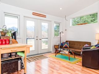 Photo 10: 1135 Laramee Road in Squamish: Brackendale House for sale