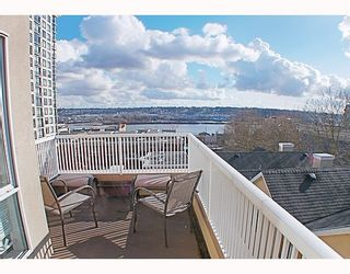 Photo 8: 404 624 AGNES Street in New_Westminster: Downtown NW Condo for sale (New Westminster)  : MLS®# V751563