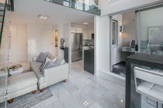 """Photo 15: 1206 1238 RICHARDS Street in Vancouver: Yaletown Condo for sale in """"METROPOLIS"""" (Vancouver West)  : MLS®# R2187337"""